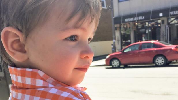 Quand la venue de bébé 2 te fait envisager les réactions de bébé 1 | Sparks and Bloom
