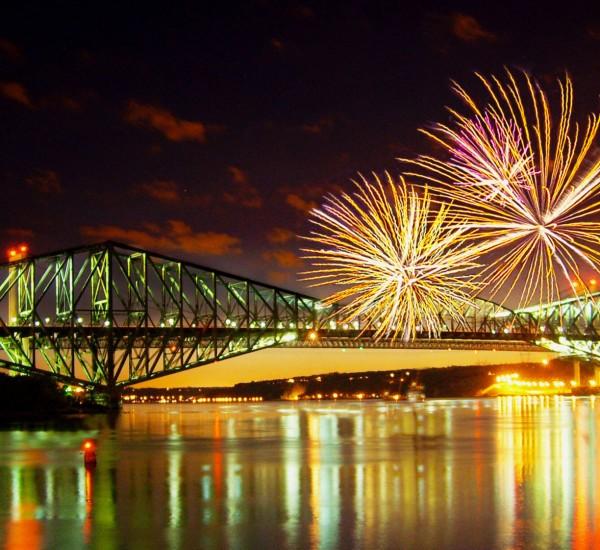 Ce samedi 23 septembre, dès 13h on célèbrera à Québec et à Lévis les 100 ans du pont de Québec! L'évènement est entièrement gratuit!