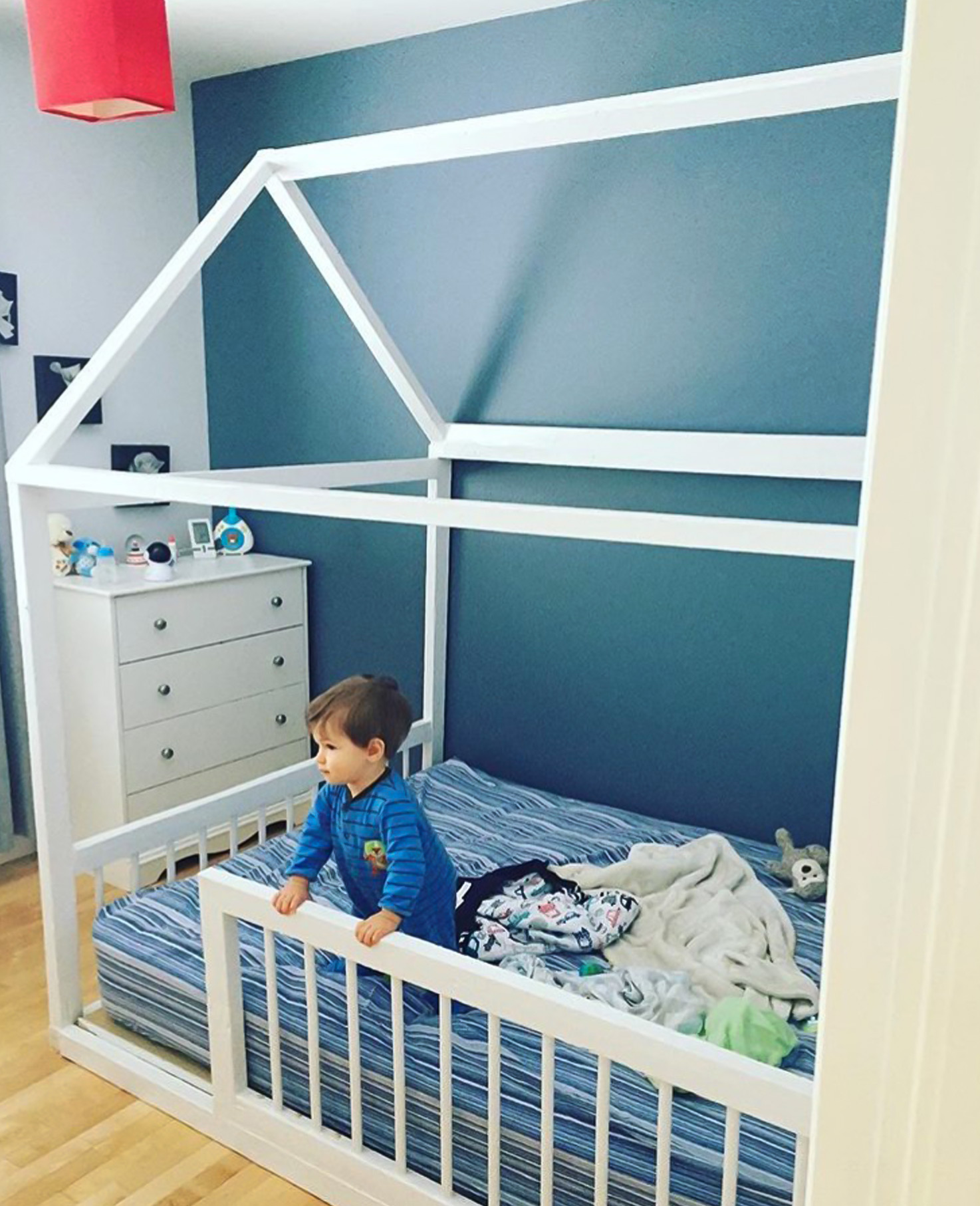 Plus, I Thought It Was A Good Change For Teo , In The Sense That He Would  Go From Crib To The Montessori Bed, To His « Big Boy Bed » Later On.