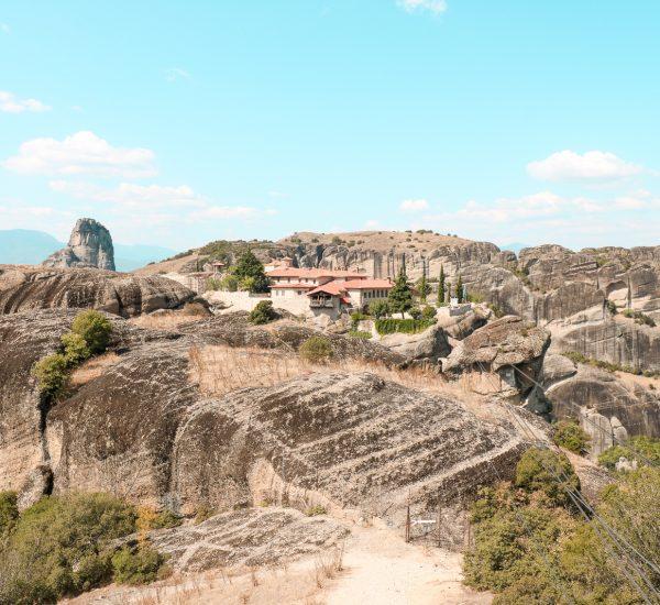 22 - samedi - aout (VOYAGE) 2 jours dans les Météores en Grèce un lieu céleste à visiter7